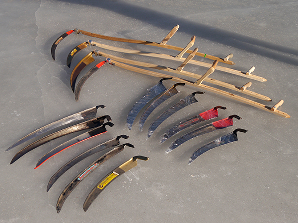 Preselected types of scythes